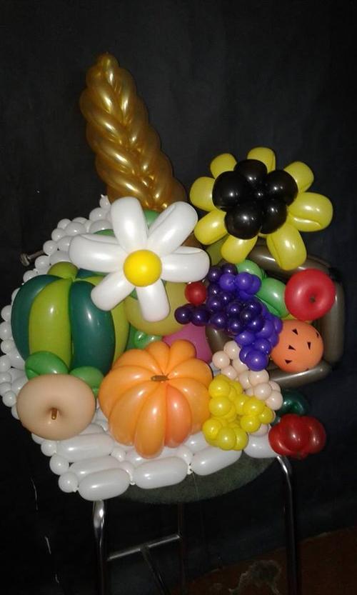 Фото для Натюрморт из воздушных шариков для моделирования.