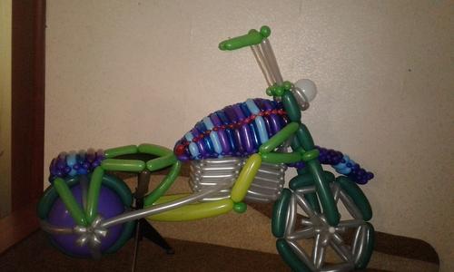 Фото для Мотоцикл из шариков.